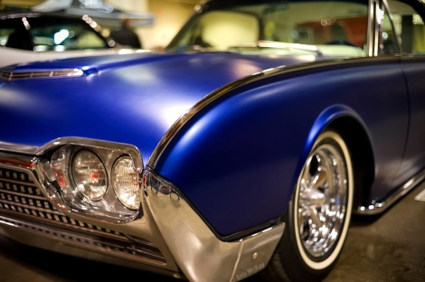Blue Vintage T-Bird in 3D by Leica
