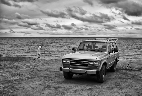 On The Beach Toyota Land Cruiser FJ62