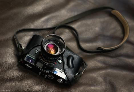 Black Leica MP + 50mm Summicron Lens