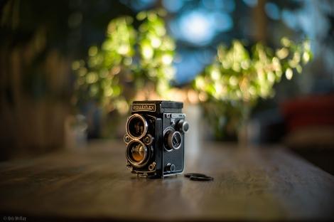 Rolleiflex 2.8 Planar Via Leica Noctilux